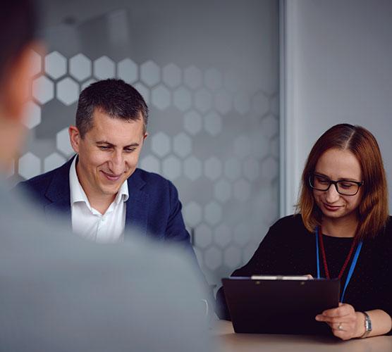 AboutIUs_consultant-partner_2021